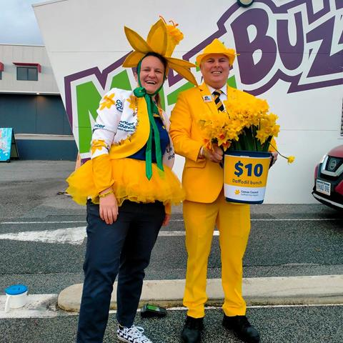 Our SunSmart Manager, Sally Blane, with Daryl Walton at one of our Muzz Buzz Drive Through Flower Markets.