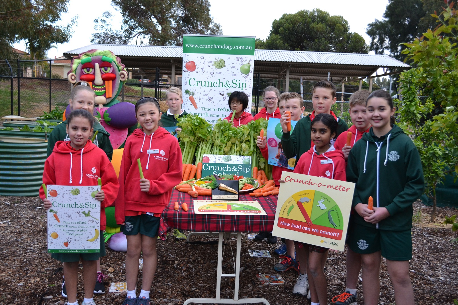 Canning Vale Primary School taking part in last years' Great Aussie Crunch